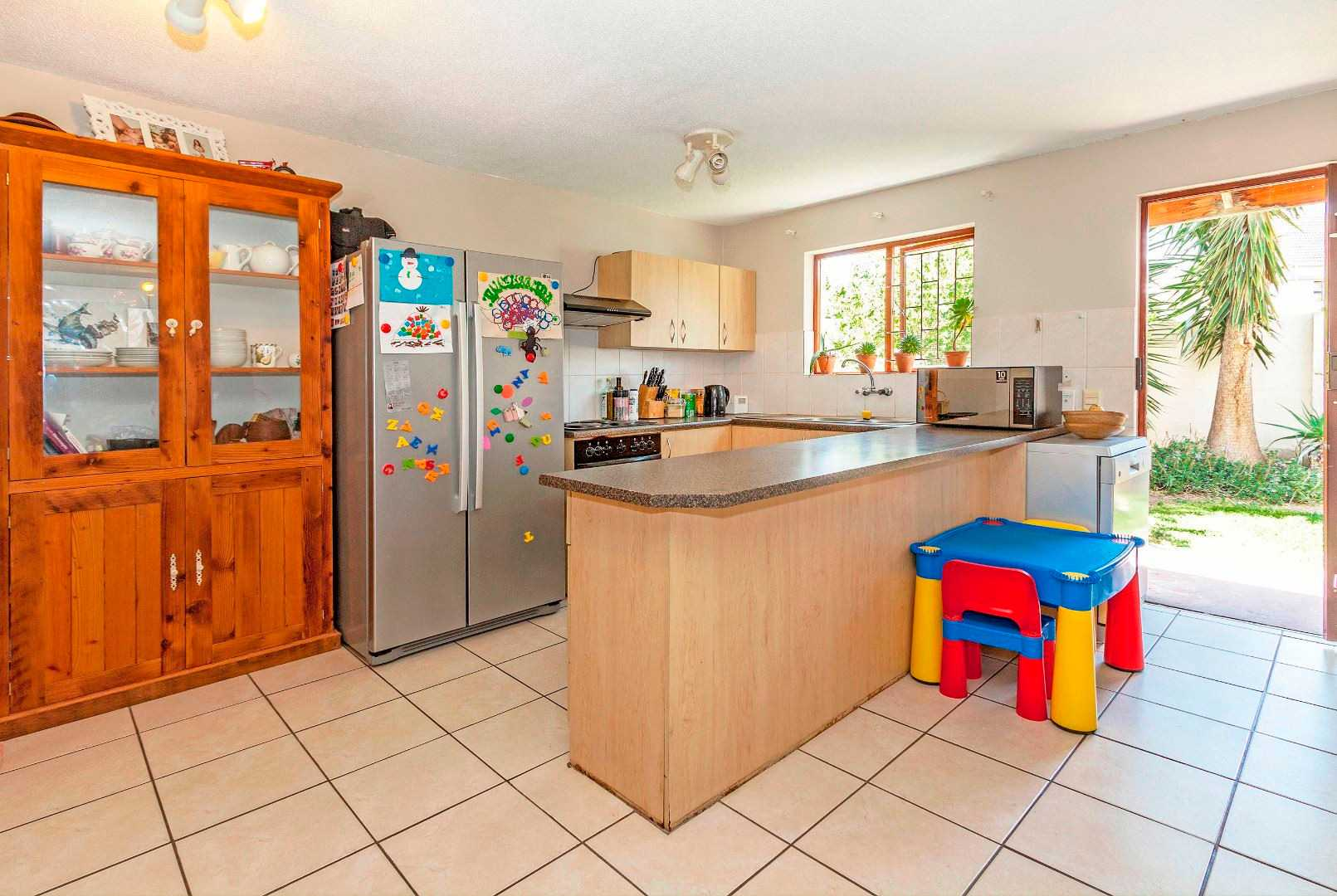 2 Bedroom Home In Sought After The Vines, Heritage Park
