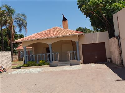 Property and Houses for sale in Silverton, House, 4 Bedrooms - ZAR 1,695,000