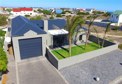 Property and Houses for sale in Britannia Bay, House, 3 Bedrooms - ZAR 3,395,000
