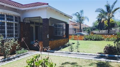 Johannesburg, The Hill Property    Houses For Sale The Hill, The Hill, House 3 bedrooms property for sale Price:1,395,000