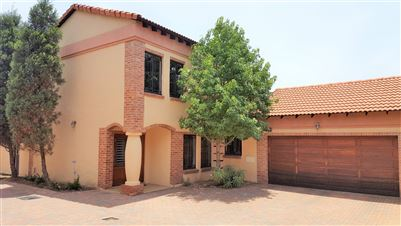 Centurion, Thatchfield Glen Property  | Houses For Sale Thatchfield Glen, Thatchfield Glen, House 3 bedrooms property for sale Price:1,875,000