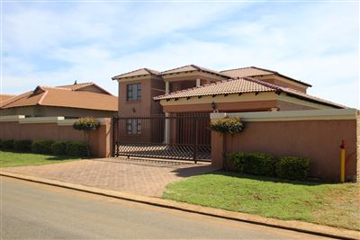 Property and Houses for sale in Rayton, House, 4 Bedrooms - ZAR 3,900,000