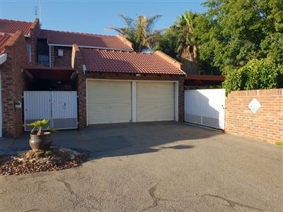 Property and Houses to rent in Klerksdorp (All), Townhouse, 3 Bedrooms - ZAR ,  8,75*,M
