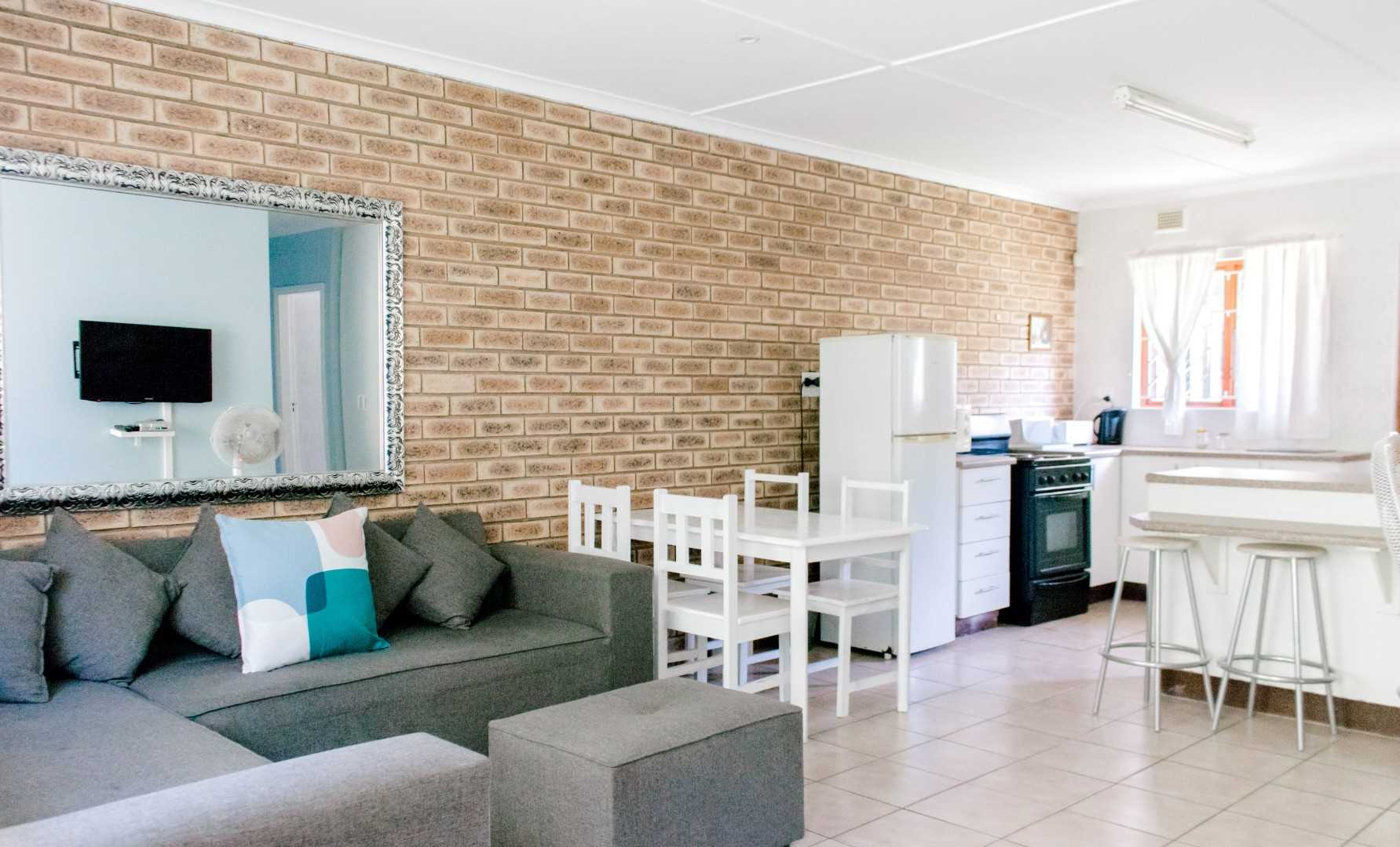 Decor of 2 and 3 bedroom units - open plan