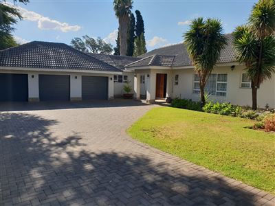 Property and Houses to rent in Wilkoppies, House, 4 Bedrooms - ZAR , 16,00*,M
