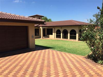 Property and Houses for sale in Brackenhurst, House, 5 Bedrooms - ZAR 3,450,000