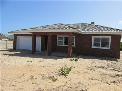 Property and Houses for sale in Stilbaai Oos, House, 3 Bedrooms - ZAR 1,940,000
