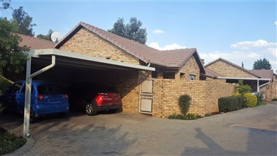 Pretoria, Willow Park Manor Property  | Houses For Sale Willow Park Manor, Willow Park Manor, Townhouse 3 bedrooms property for sale Price:1,495,000