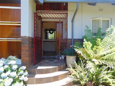 Property and Houses for sale in Valhalla, House, 3 Bedrooms - ZAR 2,550,000