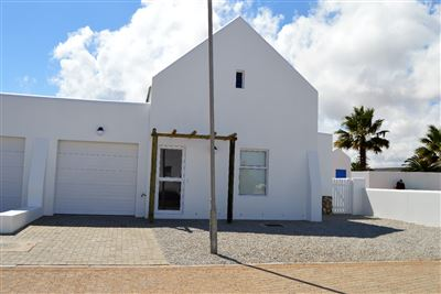 Property and Houses for sale in Lampiesbaai, House, 2 Bedrooms - ZAR 1,250,000