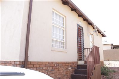 Property and Houses for sale in Atteridgeville, House, 3 Bedrooms - ZAR 795,000