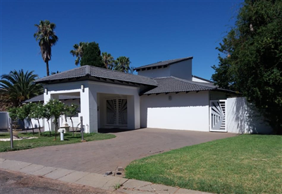 Property and Houses for sale in Klerksdorp (All), House, 3 Bedrooms - ZAR 4,770,000