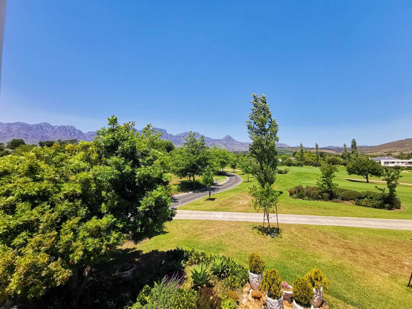 Exquisite Hottentots-Holland mountain views