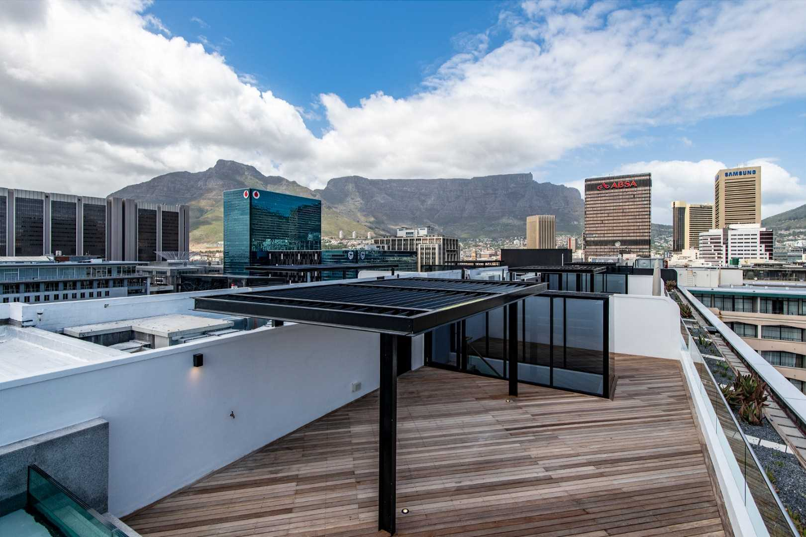 Cape Town's new jewel Manhattan style City Penthouse