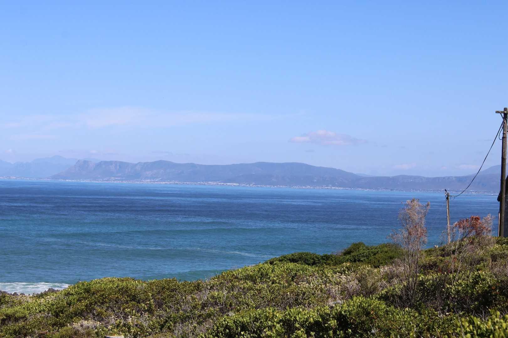500sqm Corner stand with beautiful sea view