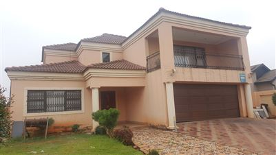 Property and Houses for sale in Vosloorus, House, 3 Bedrooms - ZAR 1,070,000