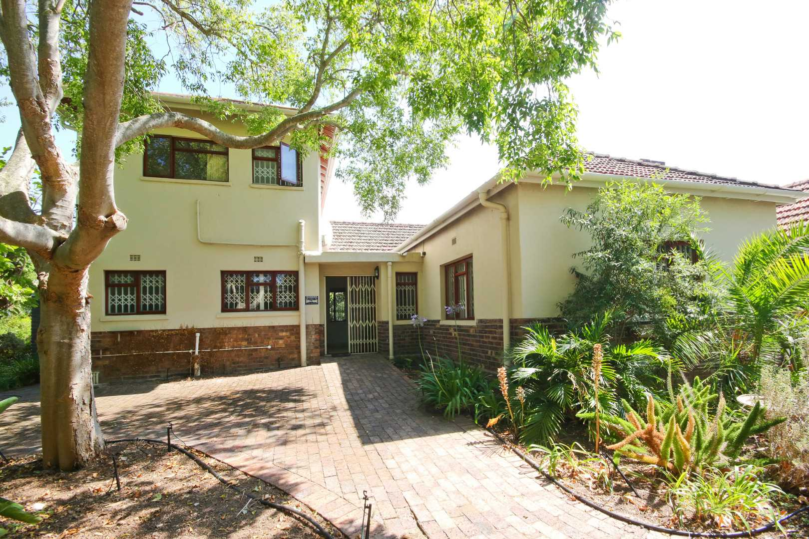 A characterful home with lots of potential in Somerset West