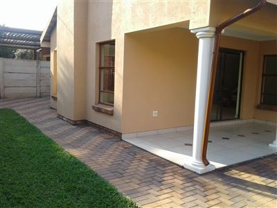 Property and Houses for sale in Montana Tuine, House, 3 Bedrooms - ZAR 1,350,000