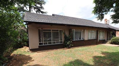 Johannesburg, Ridgeway Property  | Houses For Sale Ridgeway, Ridgeway, House 3 bedrooms property for sale Price:1,250,000