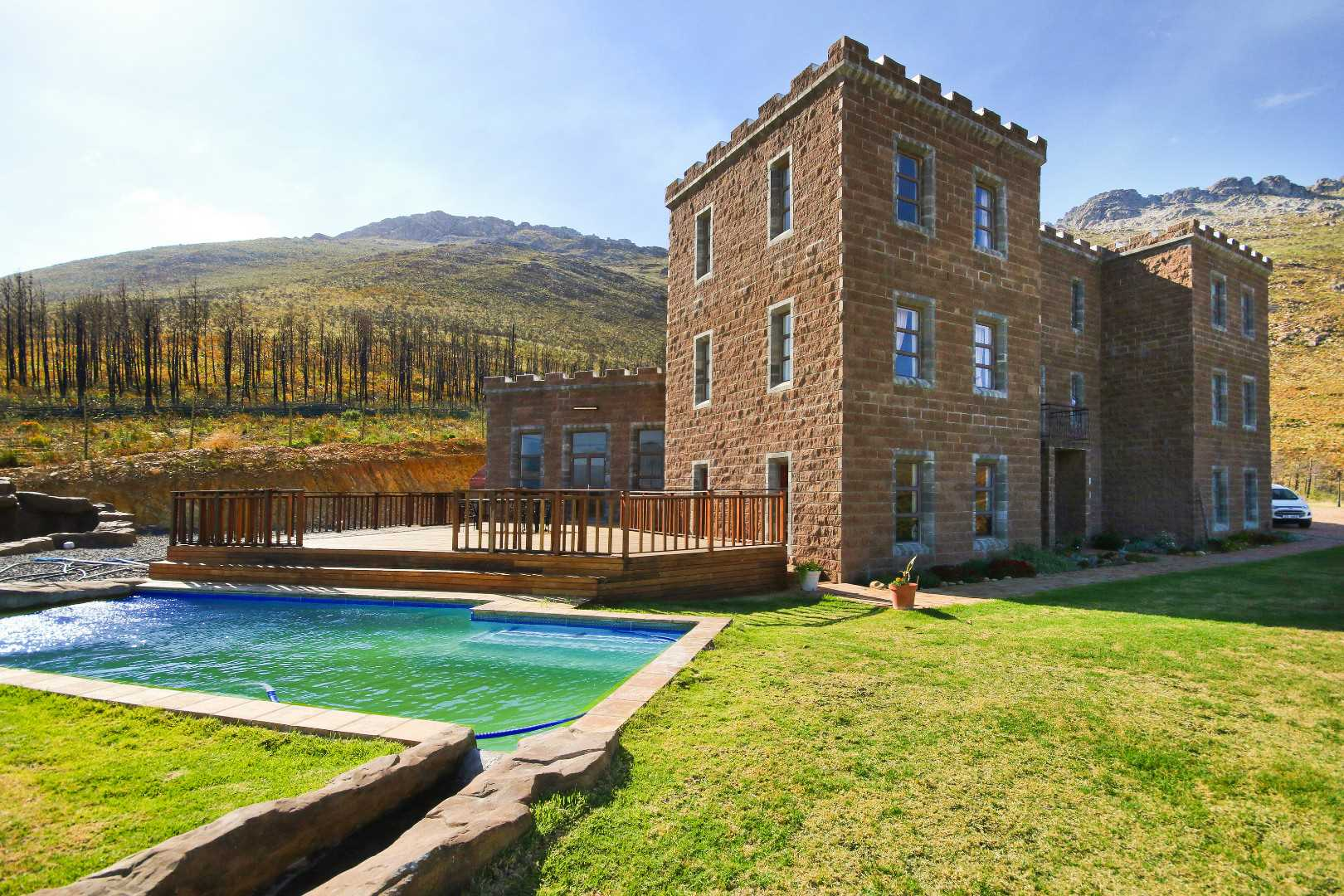One-of-a-Kind Castle on the Hottentots Holland Mountainside?