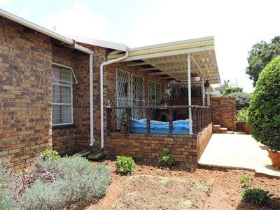 Krugersdorp, Rant En Dal Property  | Houses For Sale Rant En Dal, Rant En Dal, Townhouse 3 bedrooms property for sale Price:1,280,000