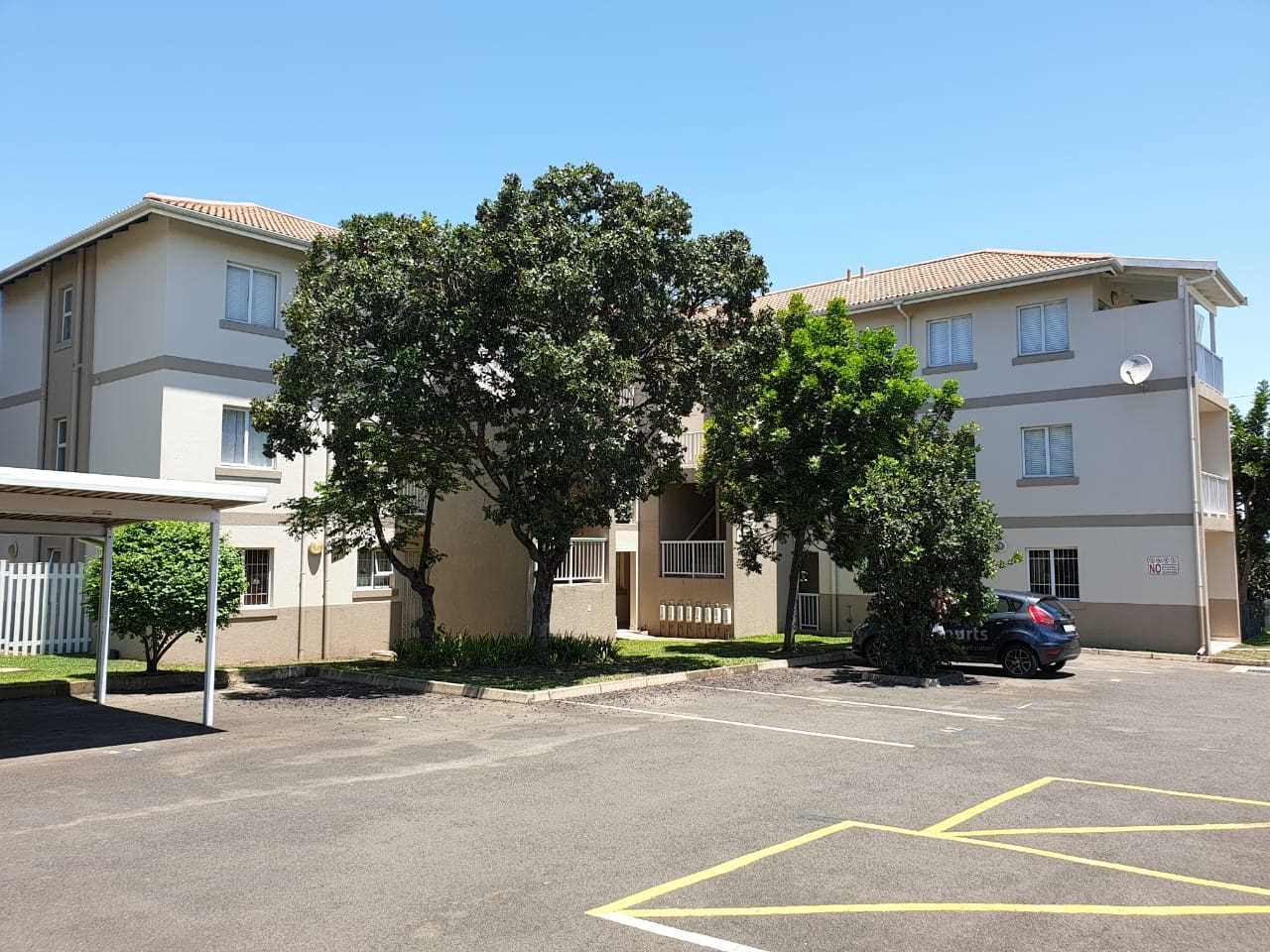 1 Bedroom apartment in Secure Estate for sale