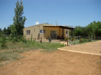 Property and Houses for sale in Kameelfontein, House, 3 Bedrooms - ZAR 1,210,000