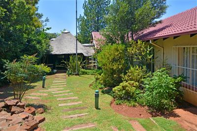 House for sale in Kloofendal