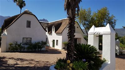 Property and Houses for sale in Paarl Central, Farms, 8 Bedrooms - ZAR 25,000,000