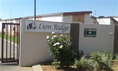 Property and Houses for sale in Gauteng - Page 1631, Townhouse, 3 Bedrooms - ZAR 480,000