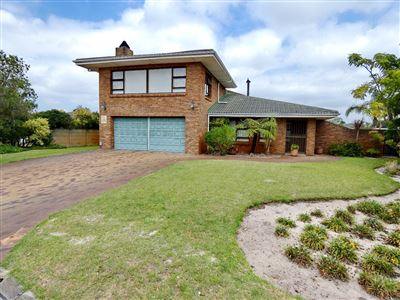 Property and Houses for sale in Rouxville, House, 3 Bedrooms - ZAR 2,750,000