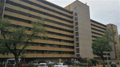 Property and Houses for sale in Pretoria Central, Apartment, 5 Bedrooms - ZAR 600,000