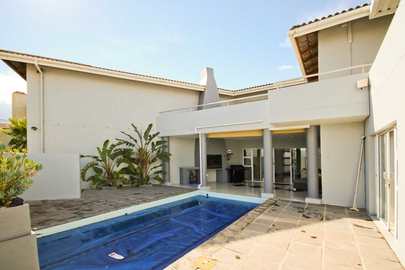Modern, Minimalist and Magnificent in Somerset West