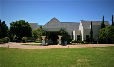 Property and Houses for sale in Paarl Central, Farms, 6 Bedrooms - ZAR 15,500,000