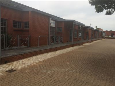 Property and Houses to rent in Hennopspark, Commercial - ZAR , 19,95*,