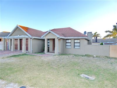 Property and Houses for sale in Silver Oaks, House, 3 Bedrooms - ZAR 1,799,000
