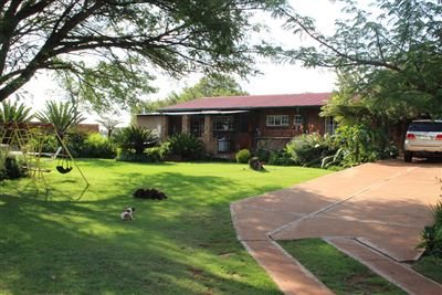 Property and Houses for sale in Vaalbank, House, 3 Bedrooms - ZAR 2,782,000