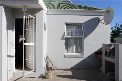 Property and Houses to rent in Goedemoed, Townhouse, 2 Bedrooms - ZAR ,  7,00*,M