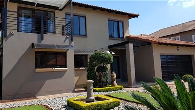 Property and Houses for sale in Moreleta Park, House, 3 Bedrooms - ZAR 3,485,000