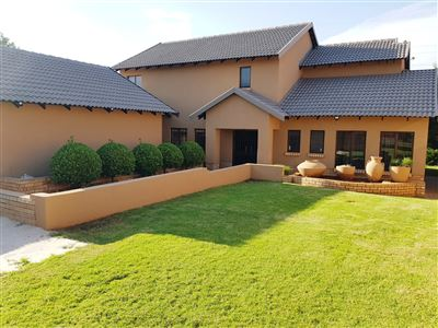 Property and Houses for sale in Eldo Meadows, House, 3 Bedrooms - ZAR 2,975,000