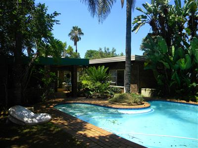 Property and Houses for sale in Die Wilgers, House, 5 Bedrooms - ZAR 2,250,000
