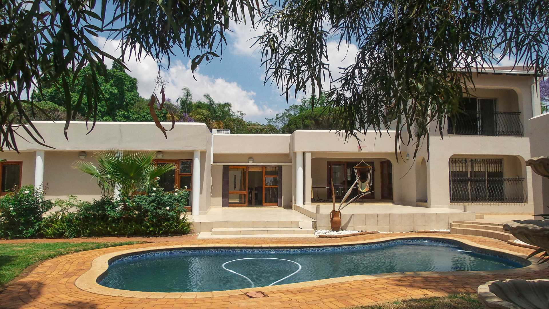 Ideal Embassy Property - Waterkloof Heights