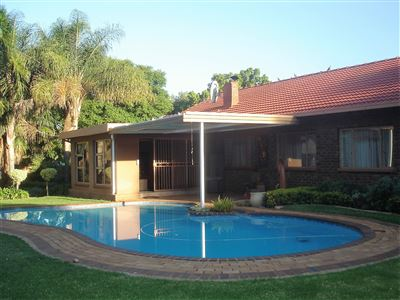 Property and Houses for sale in Die Wilgers, House, 3 Bedrooms - ZAR 2,000,000