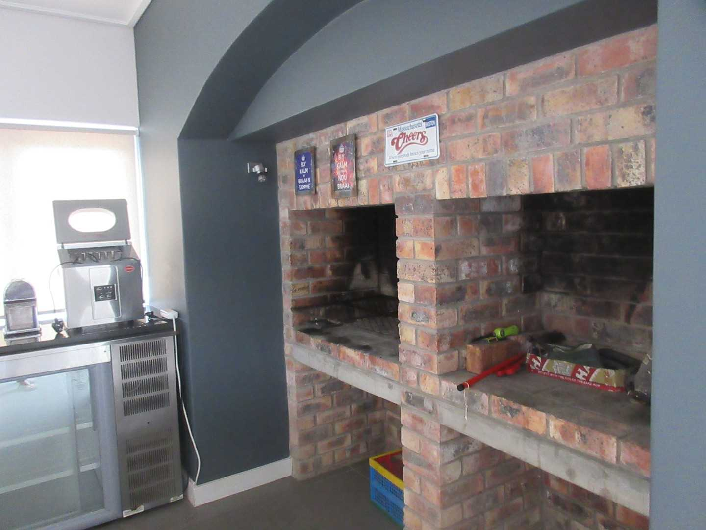 bar area with built-in braai