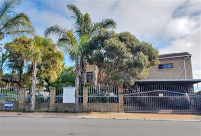 Bellville, Oakglen Property  | Houses For Sale Oakglen, Oakglen, House 5 bedrooms property for sale Price:2,695,000