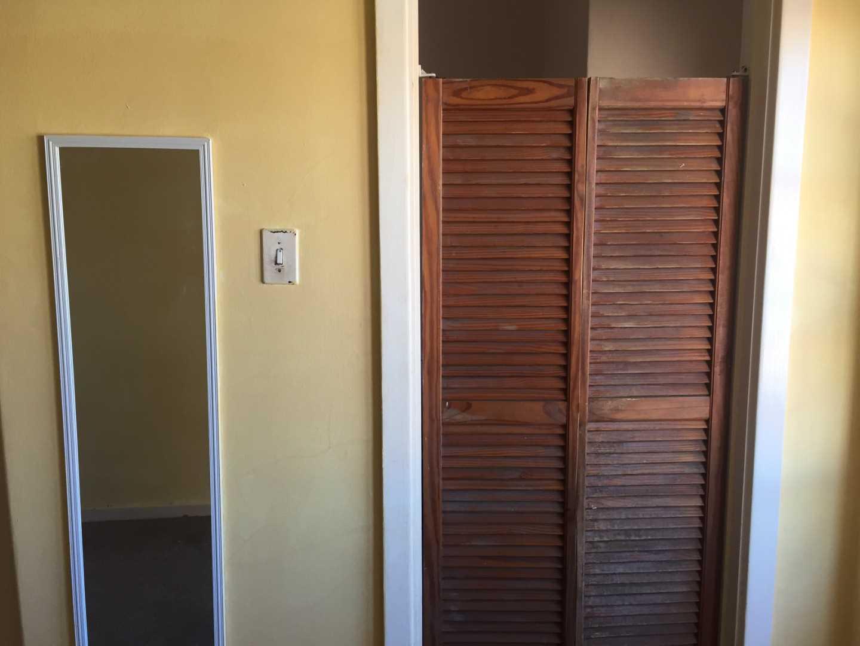 Entrance to the bathroom