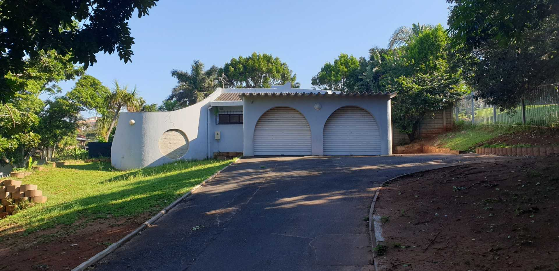 4 bedroom 2 bathroom house in Ballito for sale