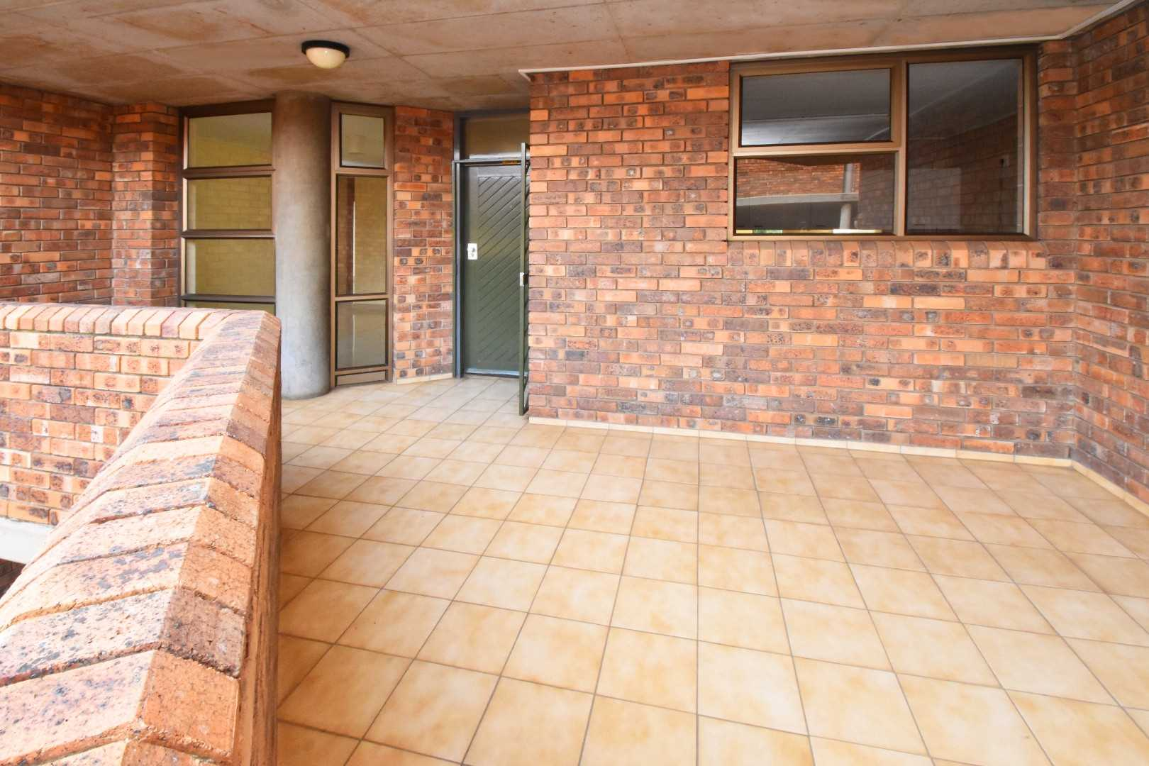 Building well thought out, leaving every tenant with a sense of privacy and space