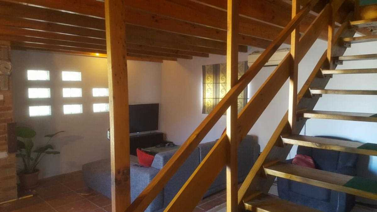 9 Braai-room stairs to bed no4
