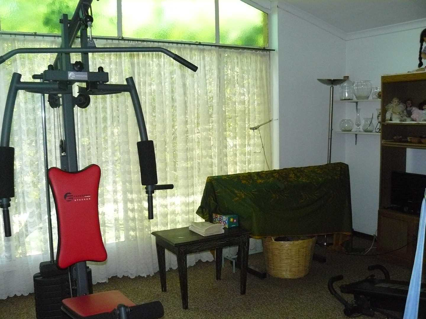 Bedroom / Gym house.